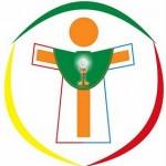 O Trabalho dos acólitos e coroinhas é auxiliar o Padre nas missas, procissões e celebrações da Igreja.