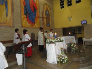 Padre Marcelo presidiu a missa